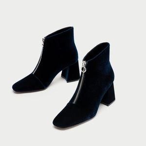 NWT Zara Size US 5 Blue Velvet Ankle Boots